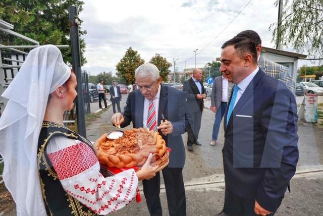 """Târgul """"Toamna Buzoiană"""", deschis în prezența ministrului Petre Daea"""