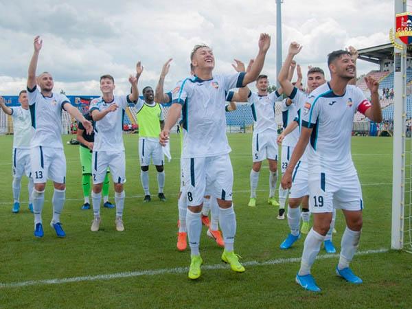 Fotbaliştii Gloriei, în faţa unei noi provocări