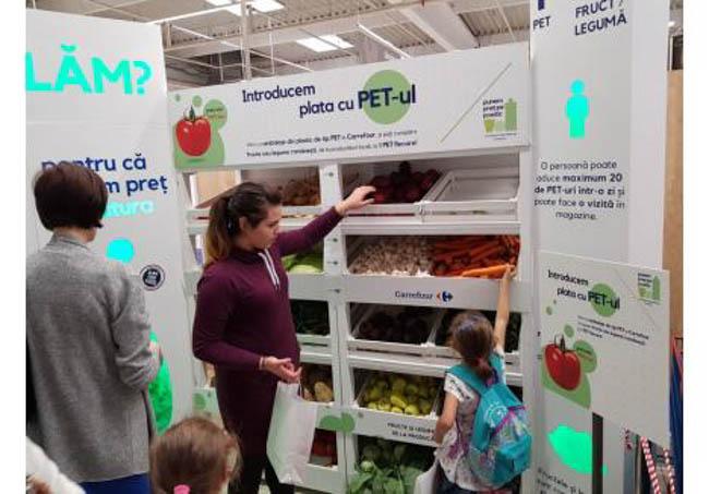 De unde pot cumpăra buzoienii legume şi fructe cu PET-uri în loc de bani