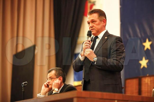 """Romanescu: """"Anticipatele, singura soluţie pentru România!"""""""