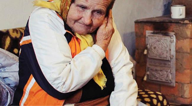 Donație de 35.000 de euro pentru ajutorarea persoanelor în vârstă și din comunități defavorizate