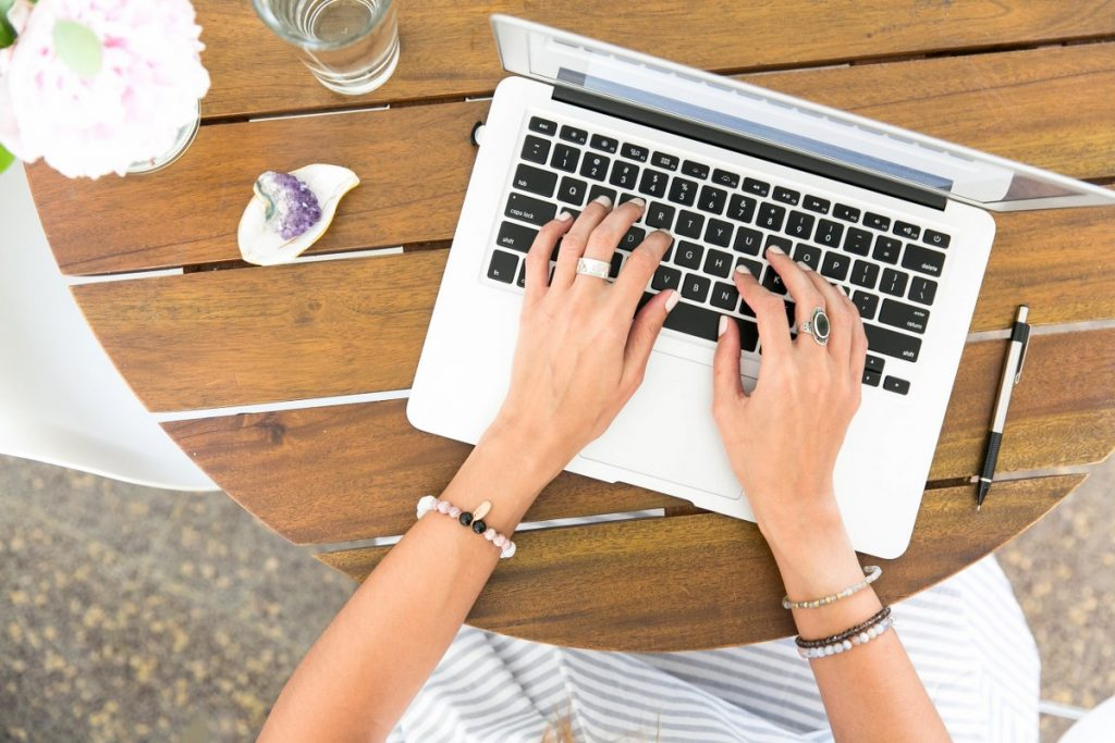 câștiguri pe internet venituri bune