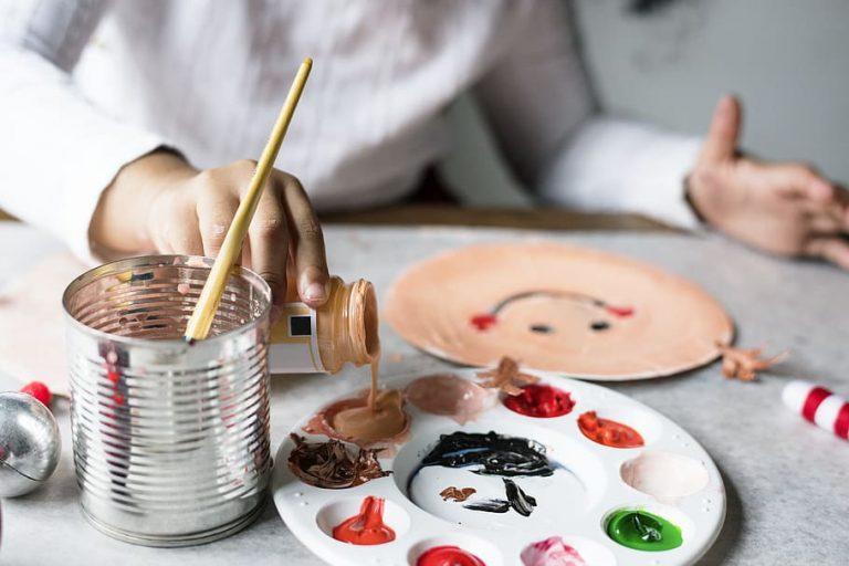 Ce beneficii le poate oferi pictura, persoanelor cu tulburări emoționale?