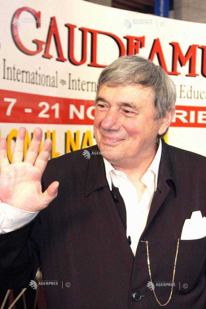 Medalion literar / Șlefuitorii de cuvinte – George ASTALOȘ